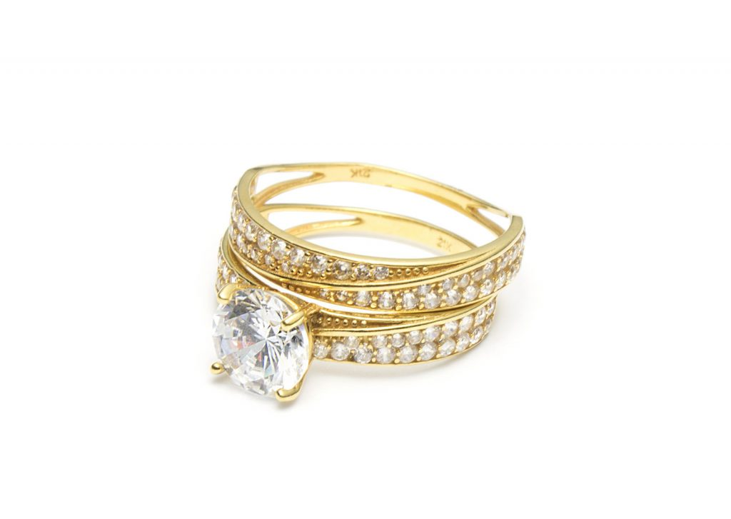 Tips for Buying an Engagement Ring - Choose THE Style